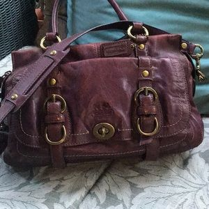 Awesome vintage coach crossbody bag